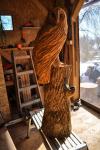 rezbar-drevorezba-vyrezavani-carving-wood-drevo-socha-bysta-sova_palena-110cm-radekzdrazil-20210220-013