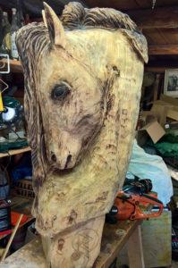 dřevořezba, koňská hlava, dekorace